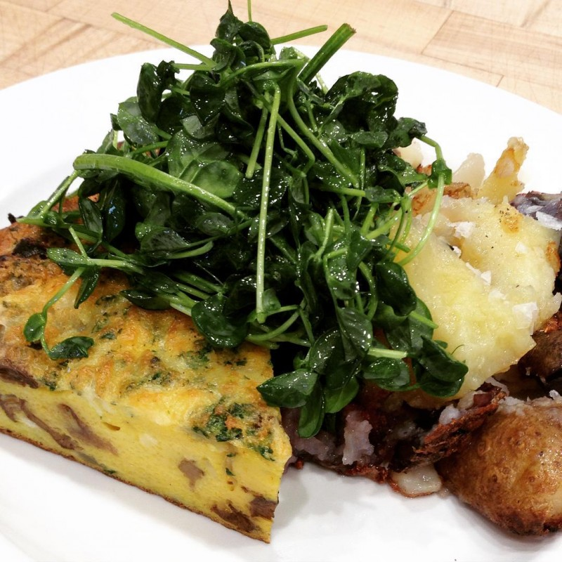 Perfect #breakfast: mushroom frittata, crispy beef fat potatoes and a big pile of greens. @stockcafe #chicagofood #greensoneverything